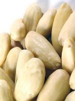 Mandelkerne blanchiert ganz 1kg
